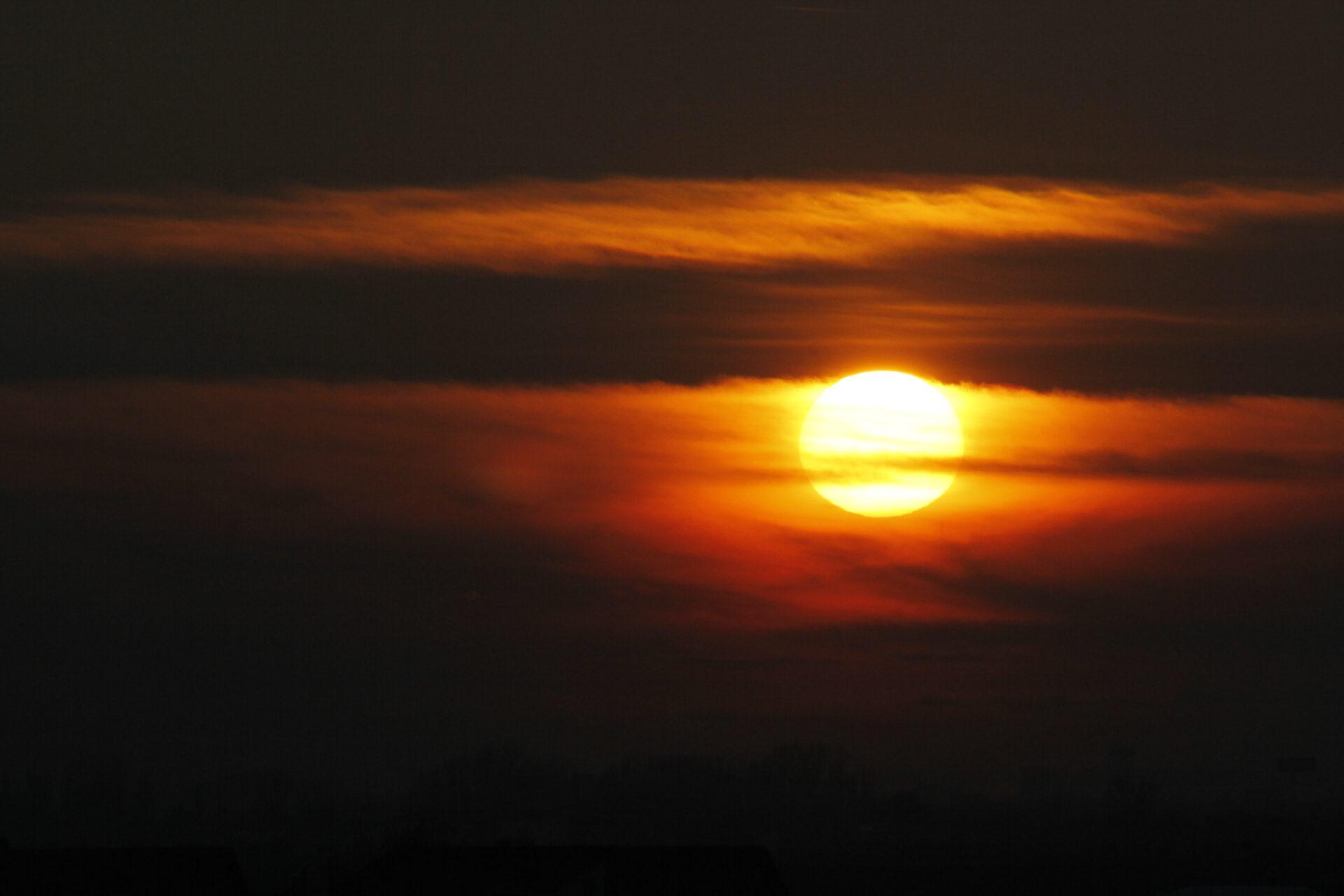 Apus de soare, iarna - Cristi Dorombach