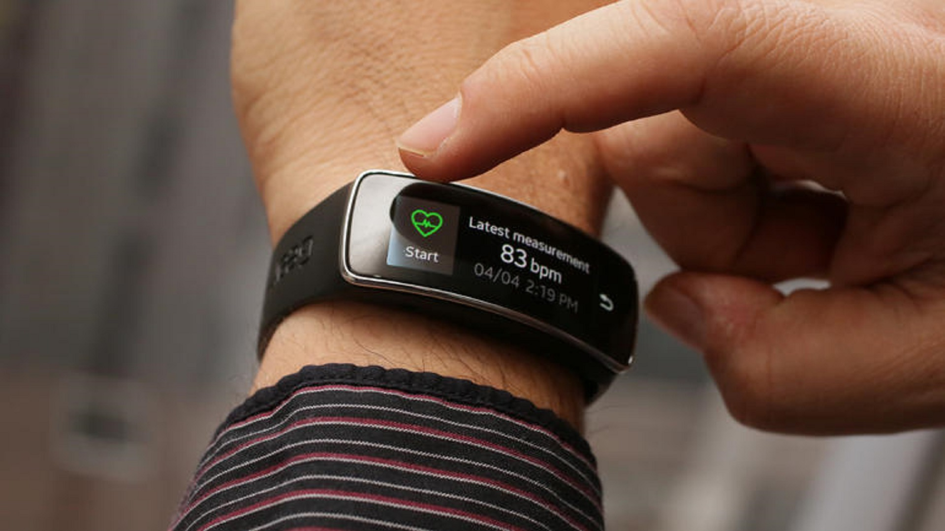 samsung-galaxy-gear-fit-product-photos-14