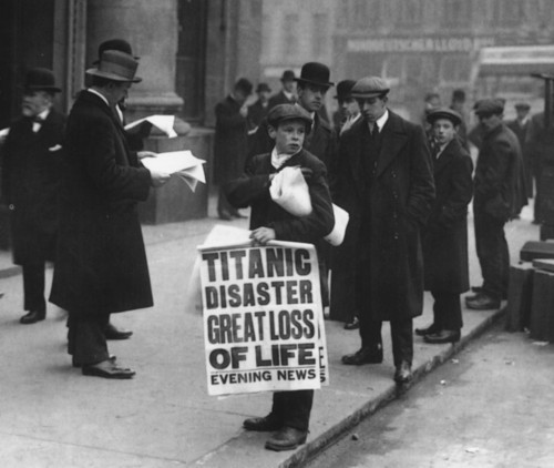 boy-selling-newspapers-about-titanic-sinking