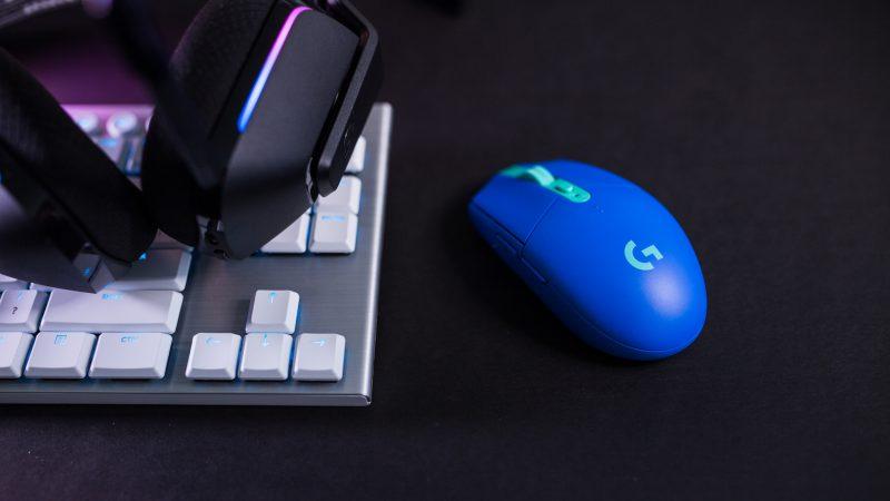 Ciudată moda tastaturilor și a perifericelor pentru calculatoare